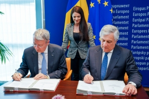 [WATCH] Miriam Dalli's new EU car emissions regulation signed into law