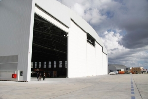 Lufthansa Technik to build hangar, create 90 new jobs