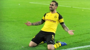 Borussia Dortmund sign Paco Alacer from Barcelona