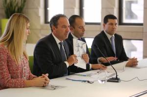 PN's pre-budget document slams Panama Papers scandal for failure to attract Brexit relocations