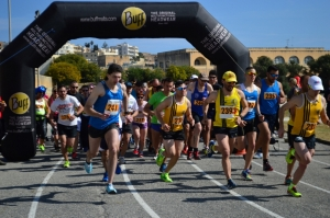University ring-road run and walk in aid of Hospice Malta