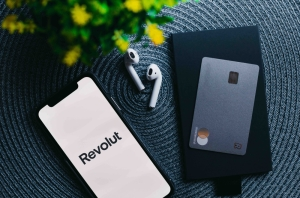 With over 190,000 customers, Revolut launches banking services in Malta