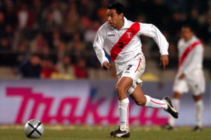 Meet ex-Newcastle United player Nolberto Solano on Wednesday