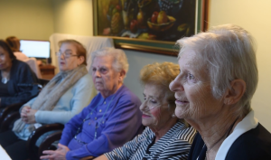 [WATCH] Elderly recall the good times of Christmas past