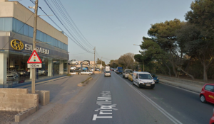 Man and two ten-year-old boys hit by a car in Lija