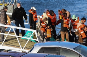 [WATCH] Migrant ordeal comes to an end: Stranded migrants finally land in Malta