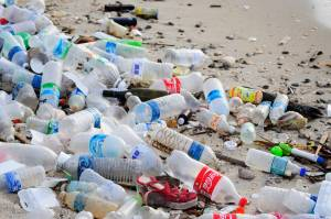 UN weighing 'zero tolerance' plan for plastic pollution