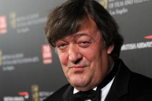 Spotted in Malta: Stephen Fry touches down with husband Elliott Spencer