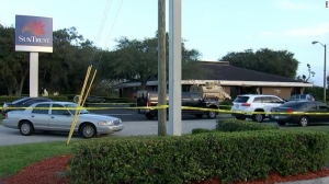 At least five dead after gunman barricades himself in Florida bank, authorities say