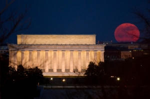 Watch out for the supermoon setting a 68-year record