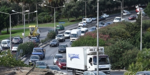 Driving etiquette can ease the traffic tension