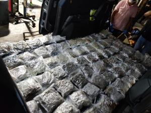 Two arrested after police find 31kg of cannabis in vehicle coming from Pozzallo