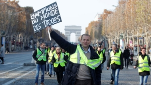 France to crack down on unsanctioned protests