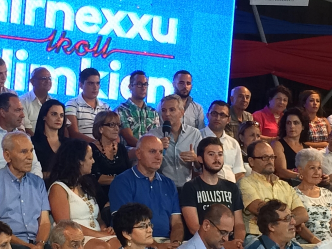 Simon Busuttil addressing the meeting on the granaries in Floriana