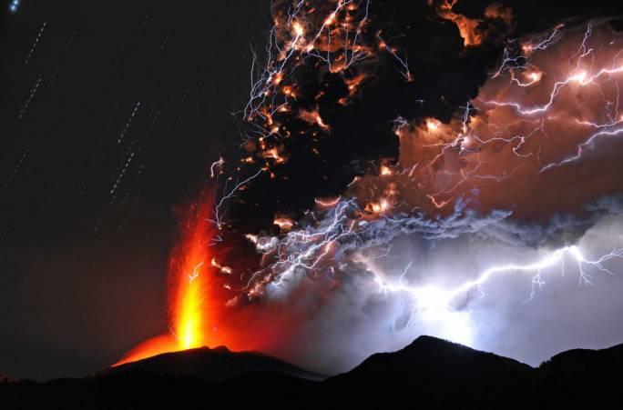 вулкан и ураган