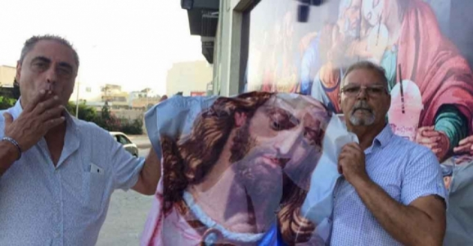 Vandalising Last Supper poster was a pre-emptive move, Patriots leader says