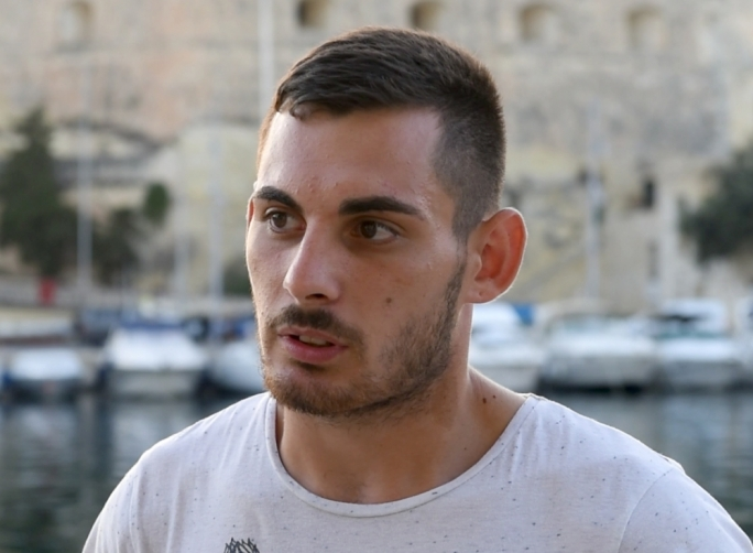 Max Mamo wants to train on sculls in Malta but questions whether the open waters of Malta would be suitable for such boats
