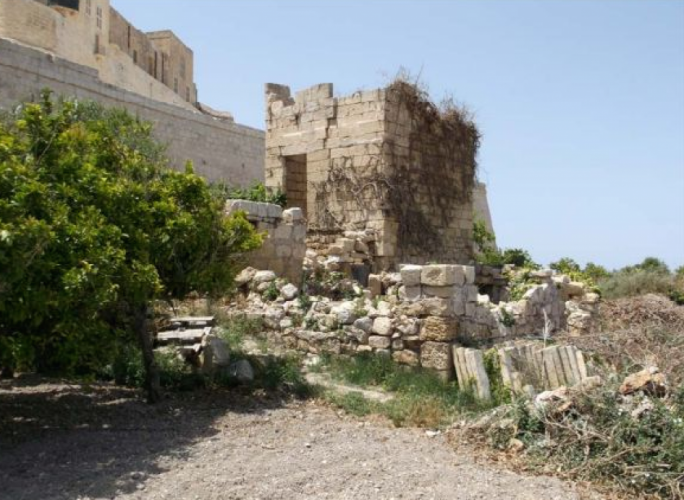 Plans to reconstruct 'ruin' next to Mdina bastions