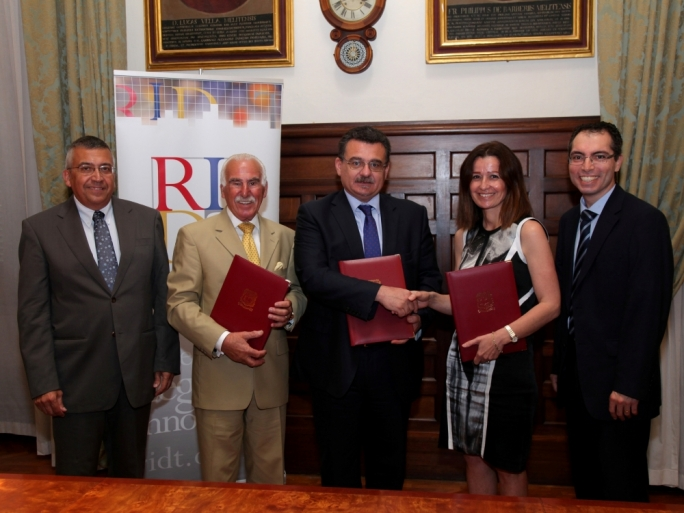 (from left): RIDT CEO Wilfred Kenely, RIDT Board Director Winston Zahra, University Rector Professor Juanito Camilleri, GSK Malta Country Manager Monica Abdilla, and the Dean of the Faculty of Dental Surgery Prof Nikolai Attard