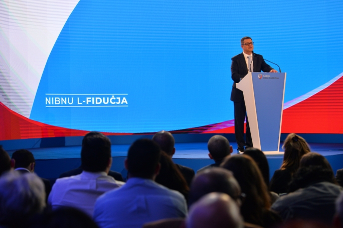 Buildling trust: the slogan chosen by the PN for its General Council... but Delia is not generating much of it