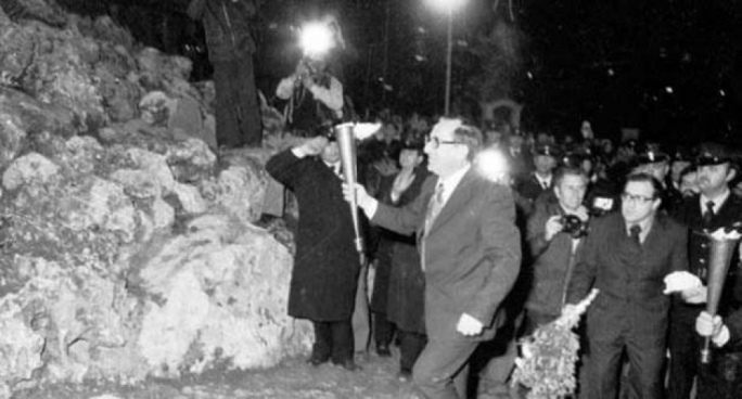 31 March 1979: Dom Mintoff at the Freedom Memorial in Vittoriosa