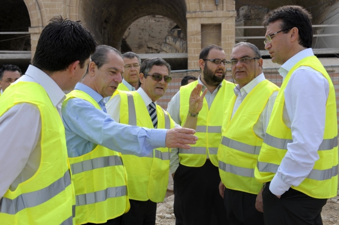 Not the gilets jaunes… Lawrence Gonzi (left) – seen here at the start of works on the Valletta City Gate – left a  gaping wound inside the PN by leaving out in the cold his adversaries in the leadership race, alienating their supporters
