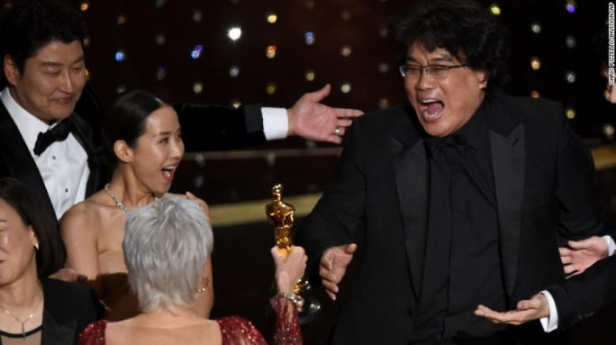"Accepting the award,Director Bong Joon-ho said that he would be ""drinking until next morning"""