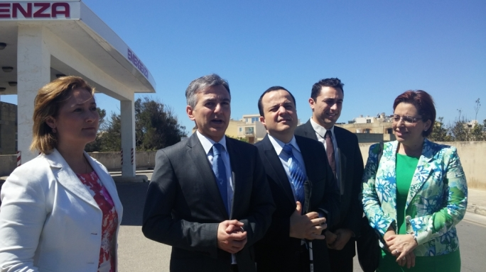 'Government should be clear about its health sector plans' - Busuttil