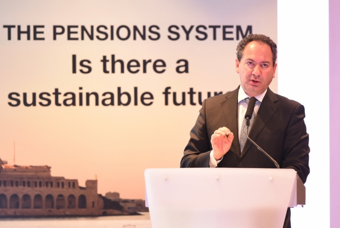 De Marco tells PM to start discussion on second pillar pensions
