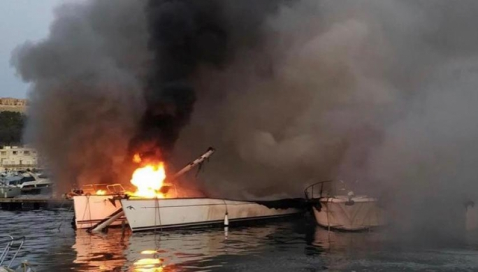 The boats caught fire in Mgarr Harbour early Friday morning