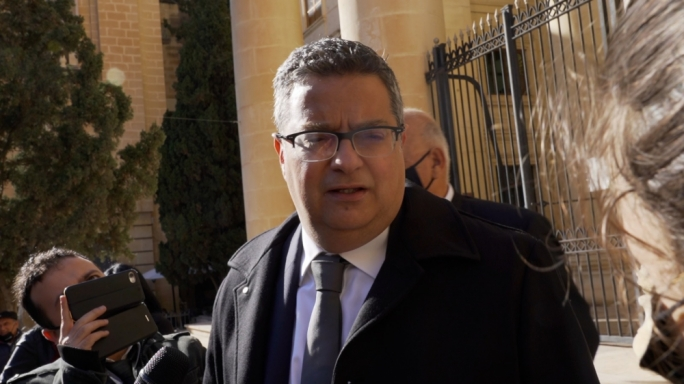 [WATCH] Adrian Delia says government should negotiate with Steward from a position of strength