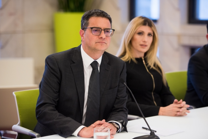 Adrian Delia tries to solve PN finances with €3 million Global Capital 'cedoli' bid