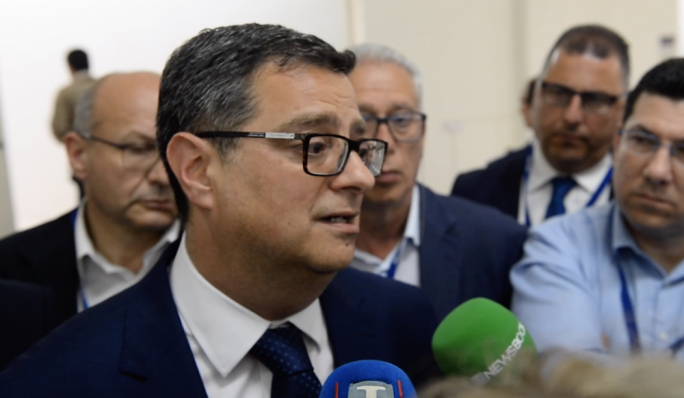 [WATCH] Adrian Delia soldiers on: 'The PN is in difficulty and I will not abandon it half way'