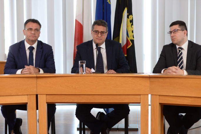Adrian Delia called for Simon Busuttil's resignation shortly after the Egrant inquiry findings became known