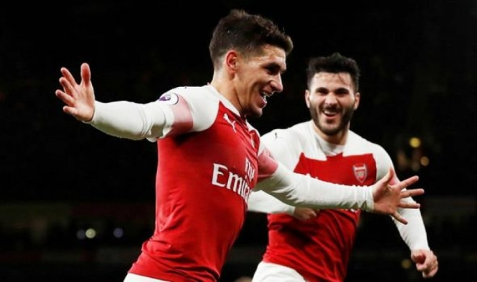 Lucas Torreira celebrating his goal