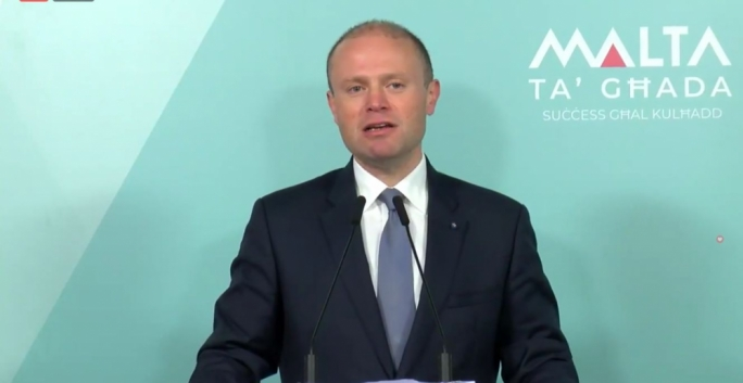 The Prime Minister has announced that there will be a free bus system operating through the Gozo-Malta tunnel