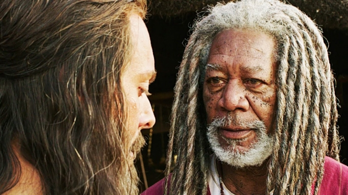 Morgan Freeman makes an odd turn as Ben-Hur's manager in chariot
