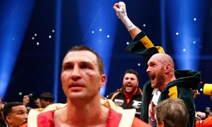 Tyson Fury celebrates after being declared the winner.