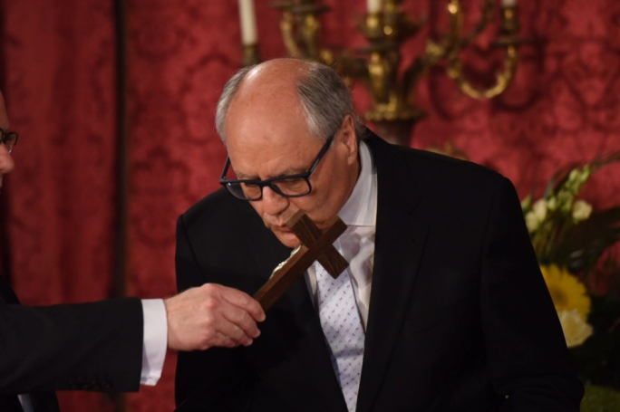 Edward Scicluna being sworn in as minister of finance