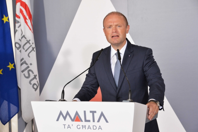 Joseph Muscat extends olive branch to police