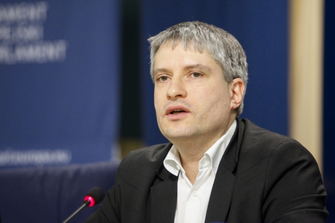 Green MEP Sven Giegold called for a peer review of the MFSA's independence