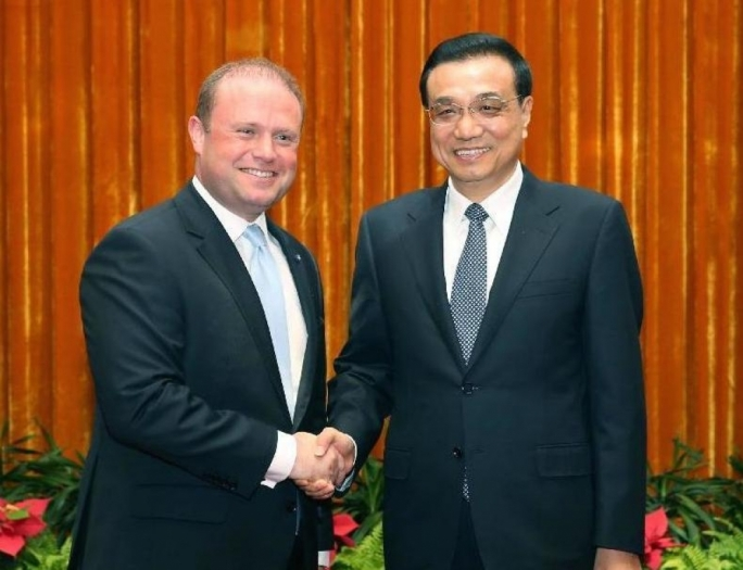 Prime Minister Joseph Muscat with Chinese Premier Li Keqiang