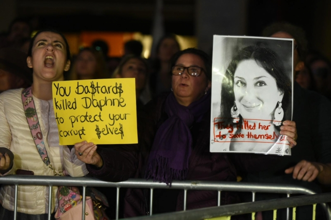[WATCH] 'Killers, out! Prison!'. Thousands demand Joseph Muscat step down