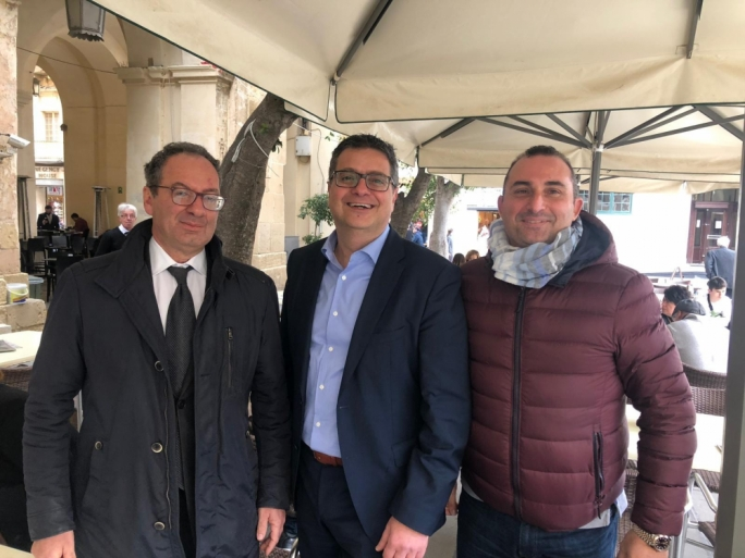 Adrian Delia gets caught smiling with Muscat's latest critic: Franco Debono