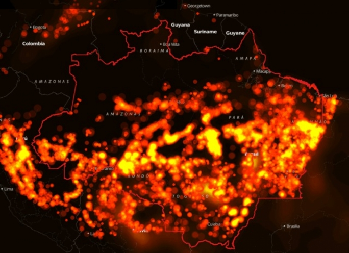A heat map by InfoAmazonia reveals the extent of the forest fire