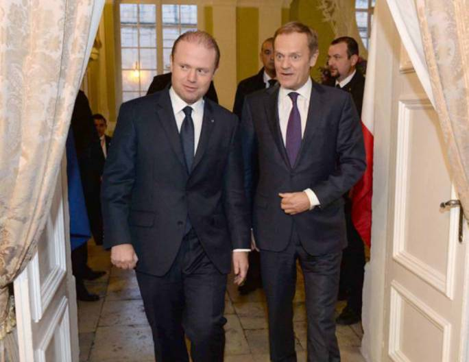Joseph Muscat is eyeing Donald Tusk's (right) post at the helm of the European Council when it comes up for grabs in 2019