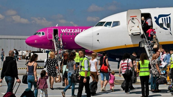 Low-cost airlines sell destinations not yet on Malta's safe corridor list
