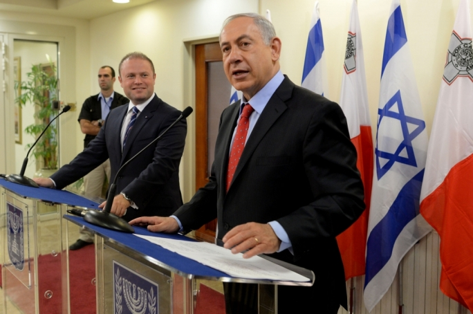 Joseph Muscat, with his Israeli counterpart, Benyamin Netanyahu