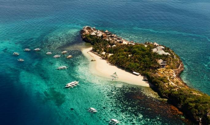 The island is one of the Philippines best-known holiday islands