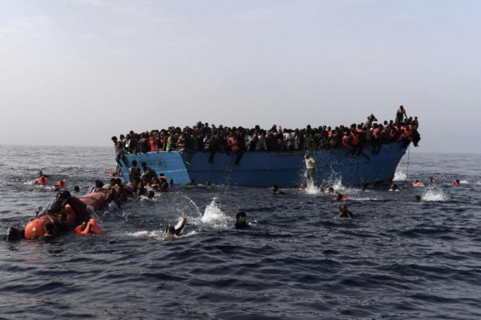 100 migrants feared dead as boat capsizes off Libya